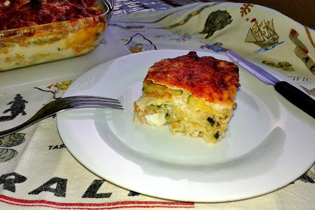 італайська запіканка з баклажанами і соусом бешамель