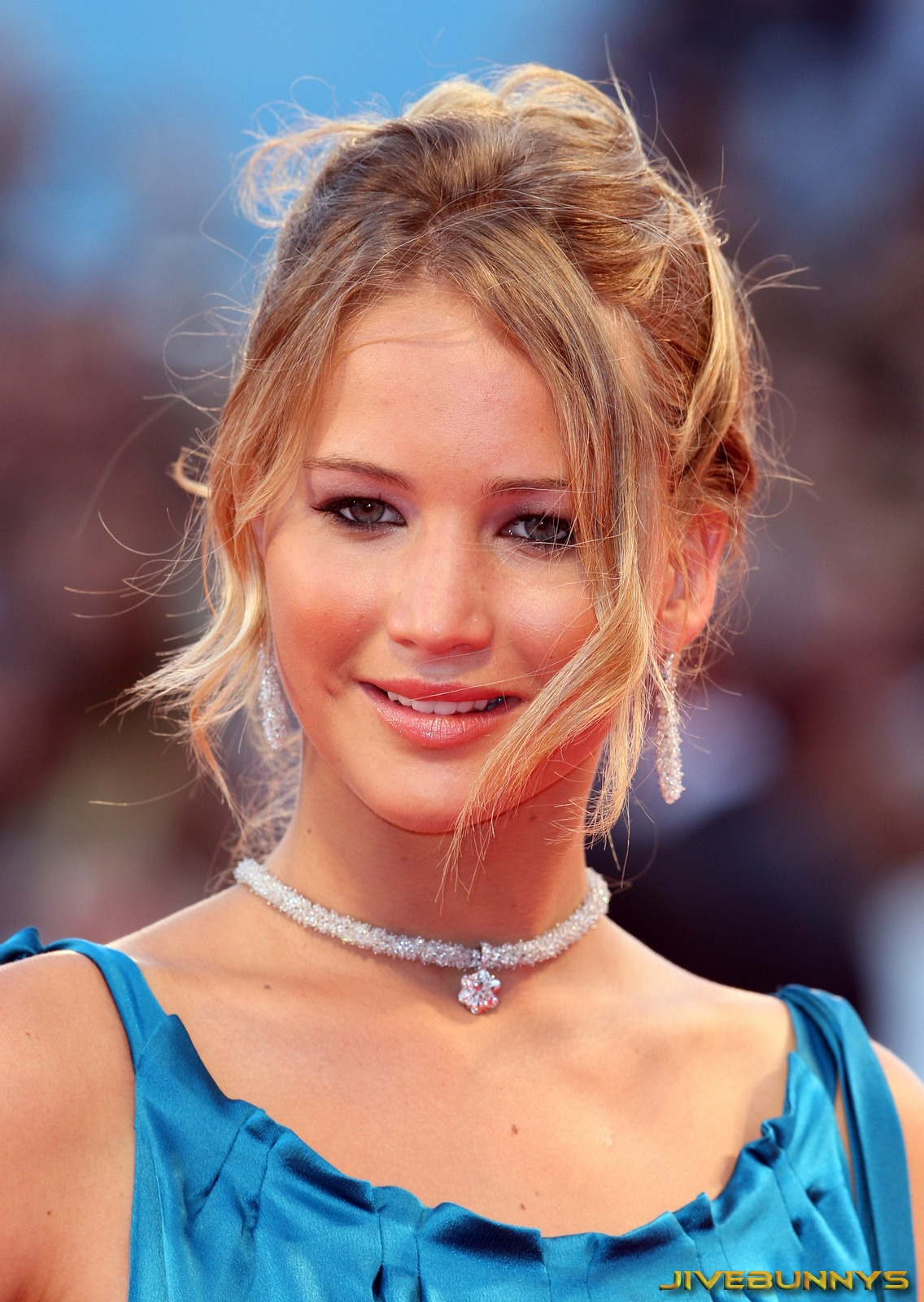 Jennifer Lawrence: bio...
