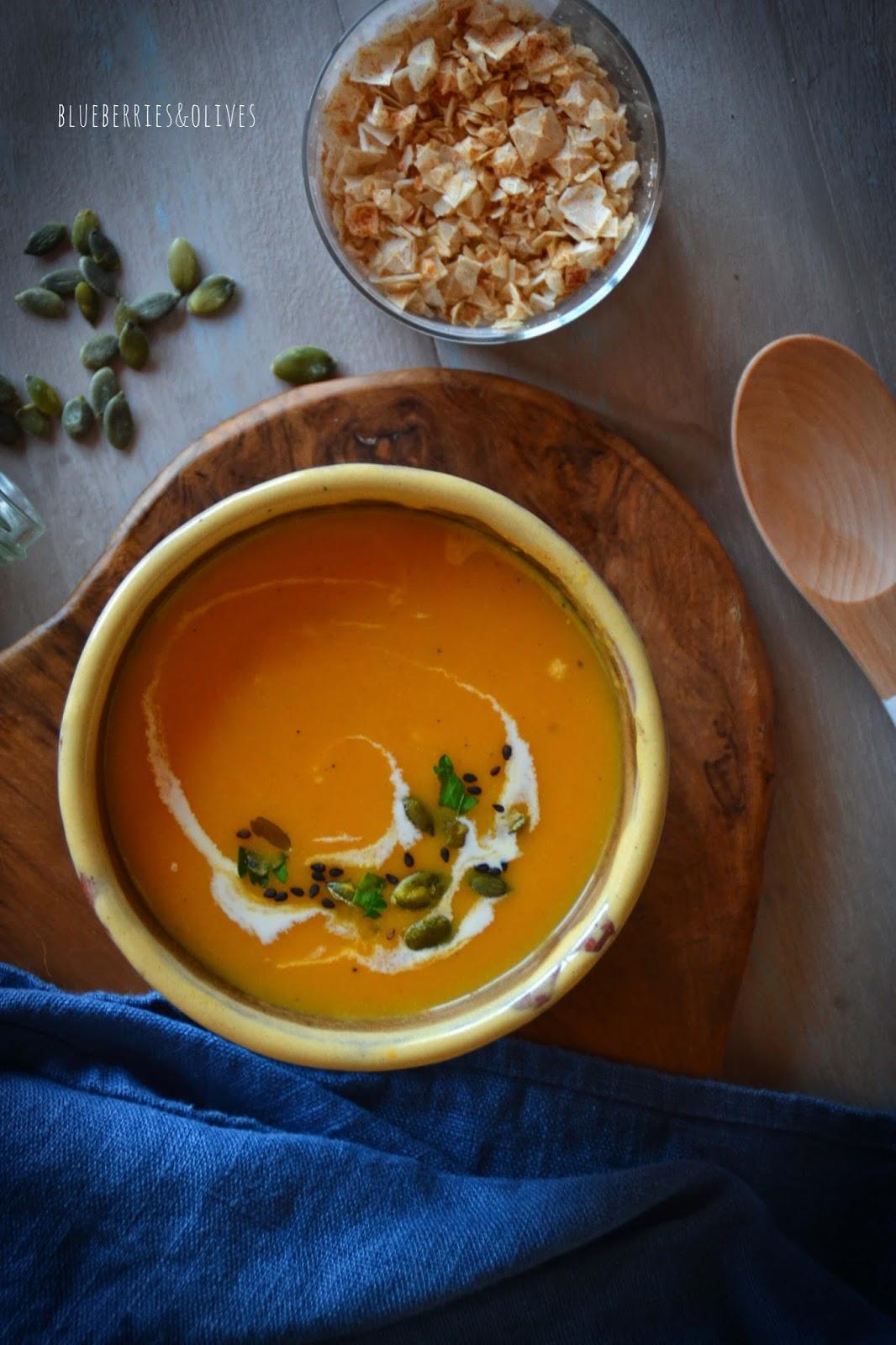 Crema de zanahoria y calabaza con leche de coco