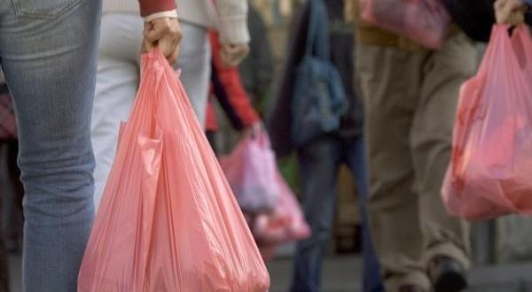 برشيد.. تفكيك وحدة سرية لتصنيع الأكياس البلاستيكية الممنوعة