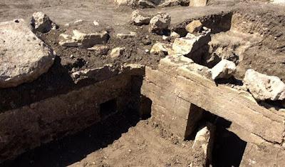 Αρχαία κρύπτη με εικόνες του ήρωα Ηρακλή ανακαλύφθηκε στην Κριμαία
