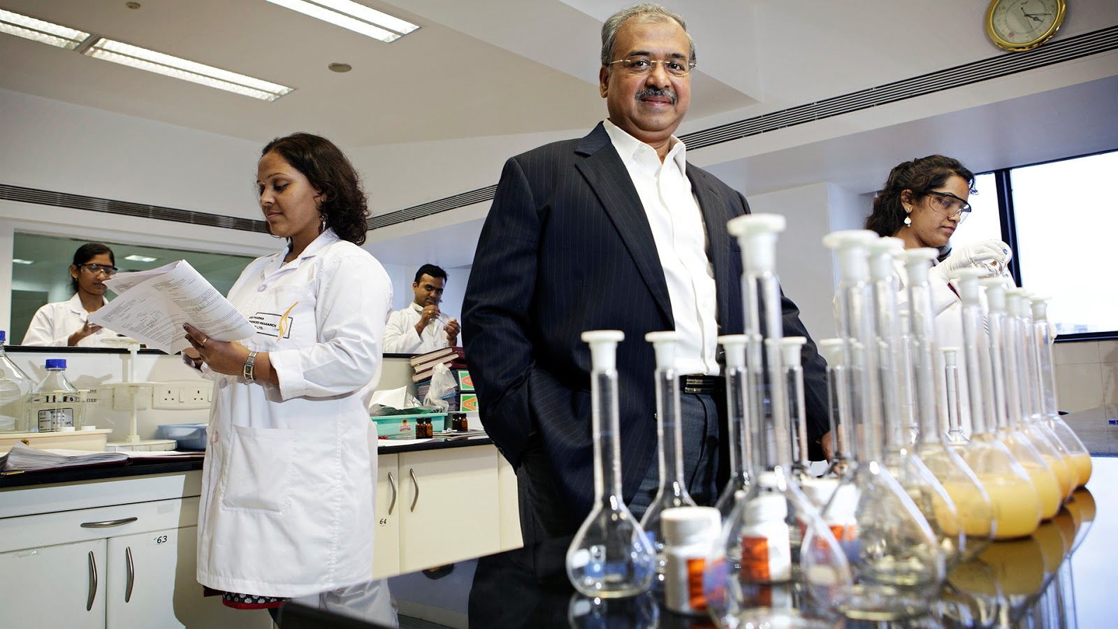 Dilip Shanghvi sun pharma richest indian