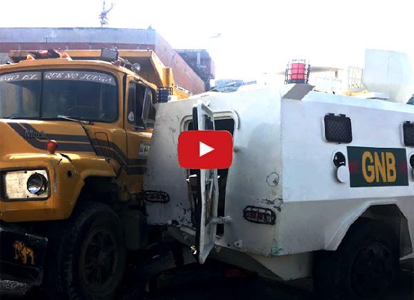 Camión arroya a Guardias Nacionales durante un choque