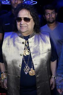Gracy Singh and Bappi Lahiri   Blue Mountain Music Launch IMG 0640.JPG