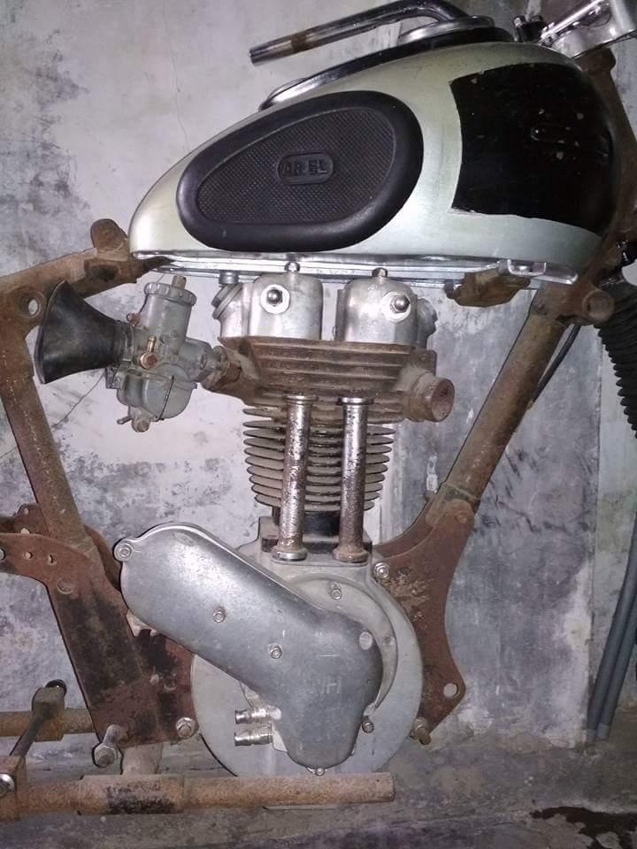 LAPAK MESIN MOTOR TUA : Dijual Engine Ariel 1948 - LAPAK