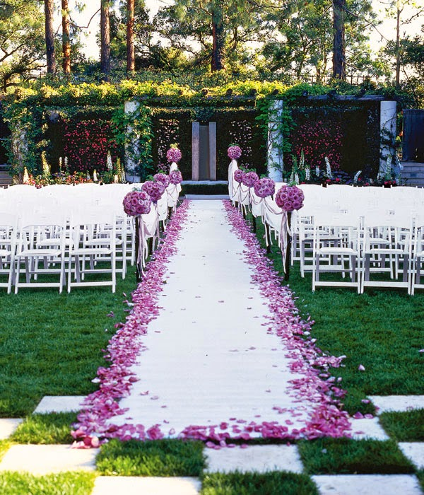 Flowers For Church Wedding Ceremony: Quality Silk Plants Blog: Outdoor Wedding Flower Ideas