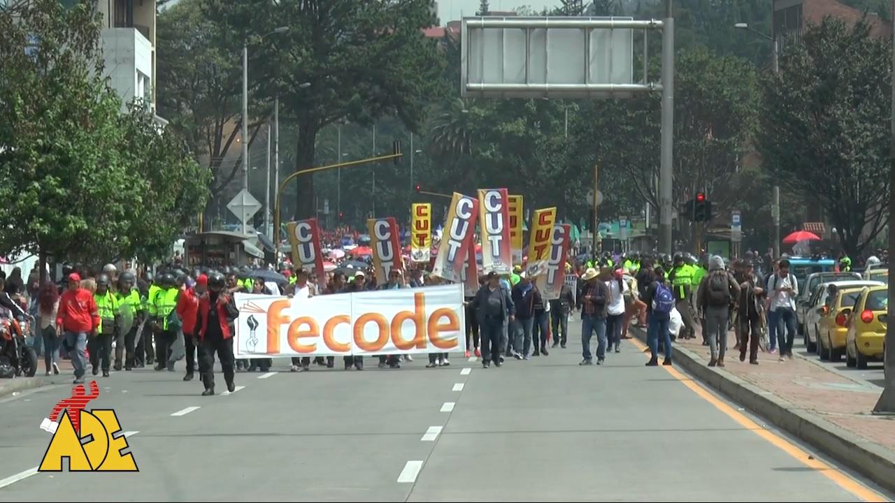 ¿Por qué se movilizaron los maestros en Bogotá?