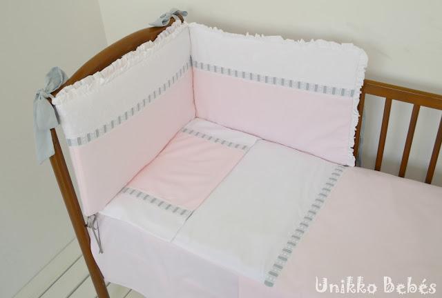 Conjunto de cuna rosa gris