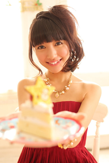 Ogino Karin 荻野可鈴 First X'mas Images 13
