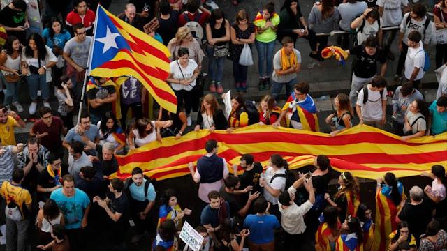 "Advierten de ""graves consecuencias"" económicas para Cataluña"