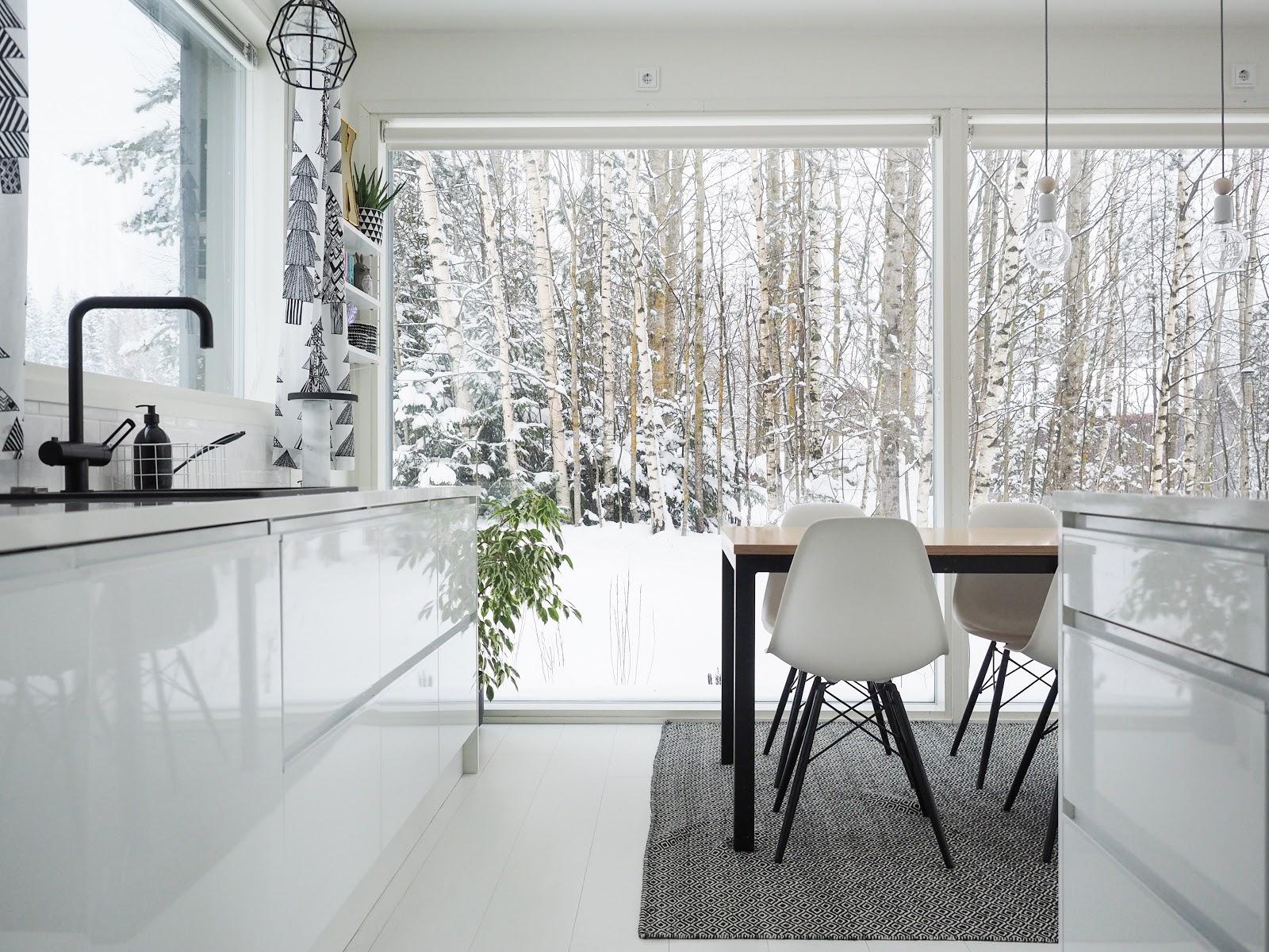 keittiö, valkoinen keittiö, lumi, sisustus