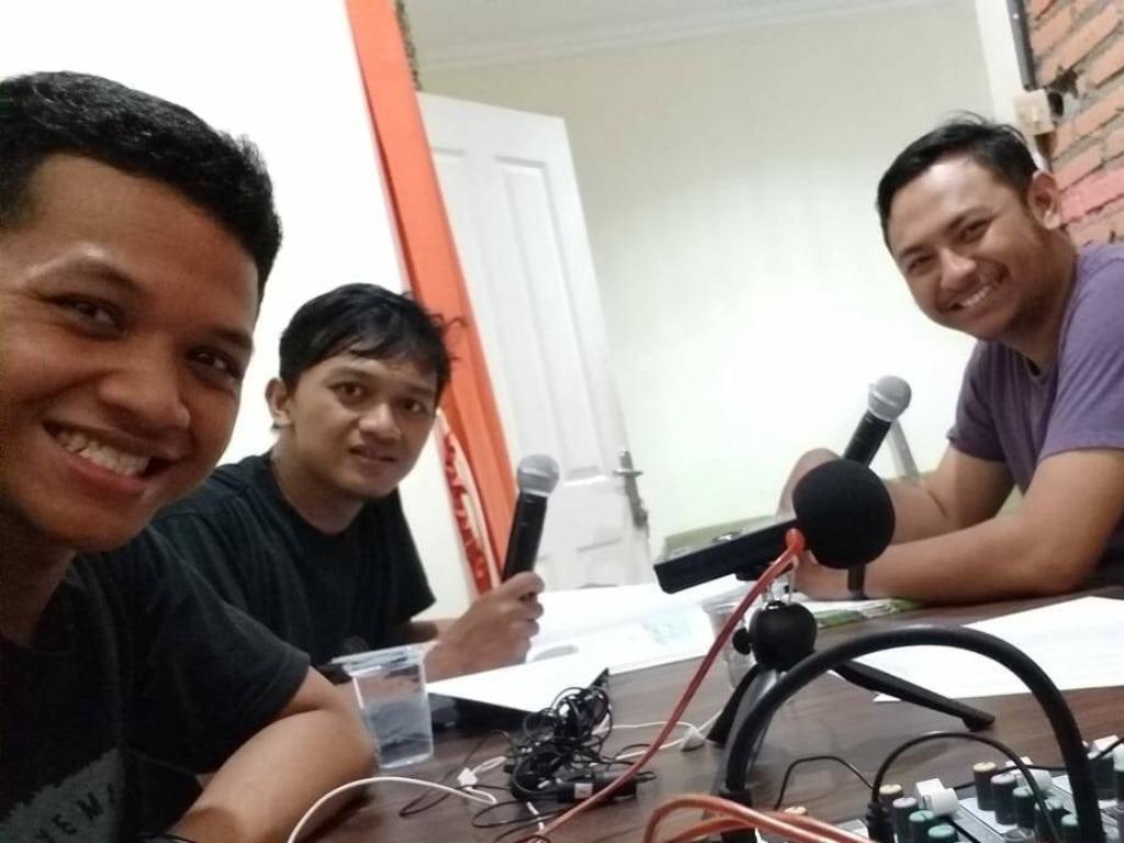 Rekaman Podcast Khusus Mangrove, IKAMaT Luncurkan Rovecast