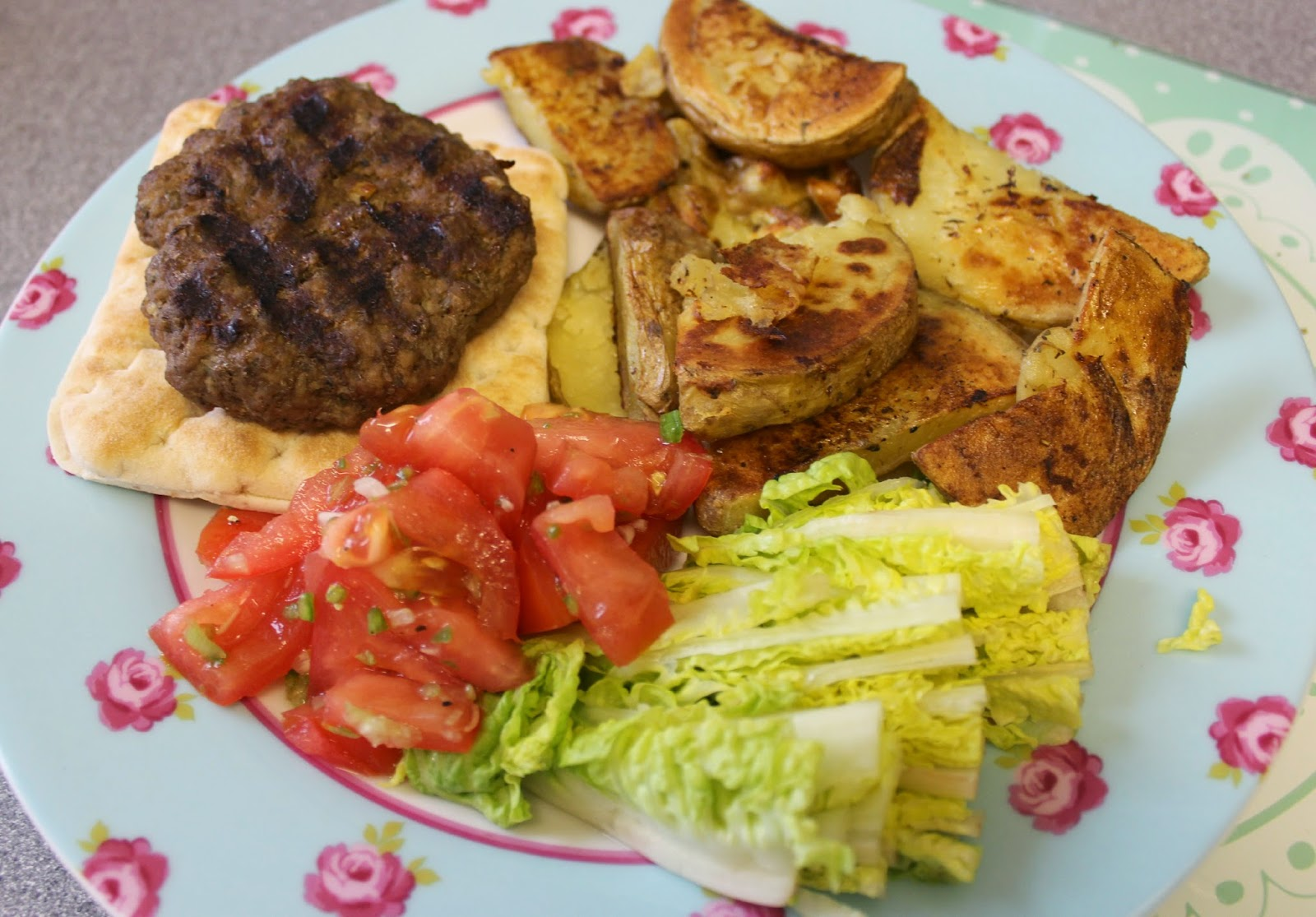 Weight Watchers Simple Start Hero Recipe BBQ Burgers and Chunky Wedges