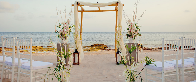 Stunning Beach Wedding Ceremony Ideas: Sweet Pea Afternoon Tea : What To Wear: Beach Wedding