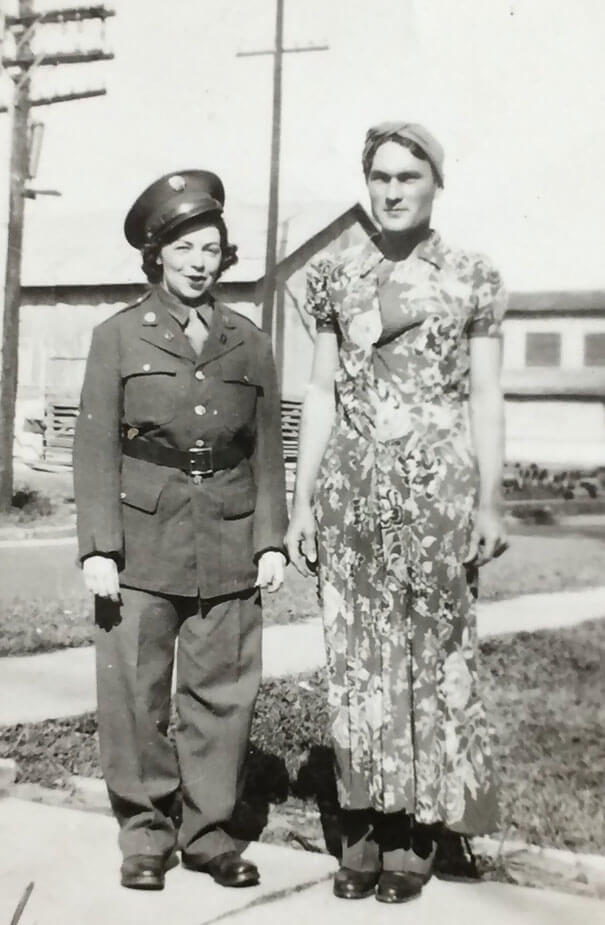 25 Fascinating Pictures Show How Cool Our Grandparents Used To Be - My Grandparents Wearing Each Other's Clothes, 1943