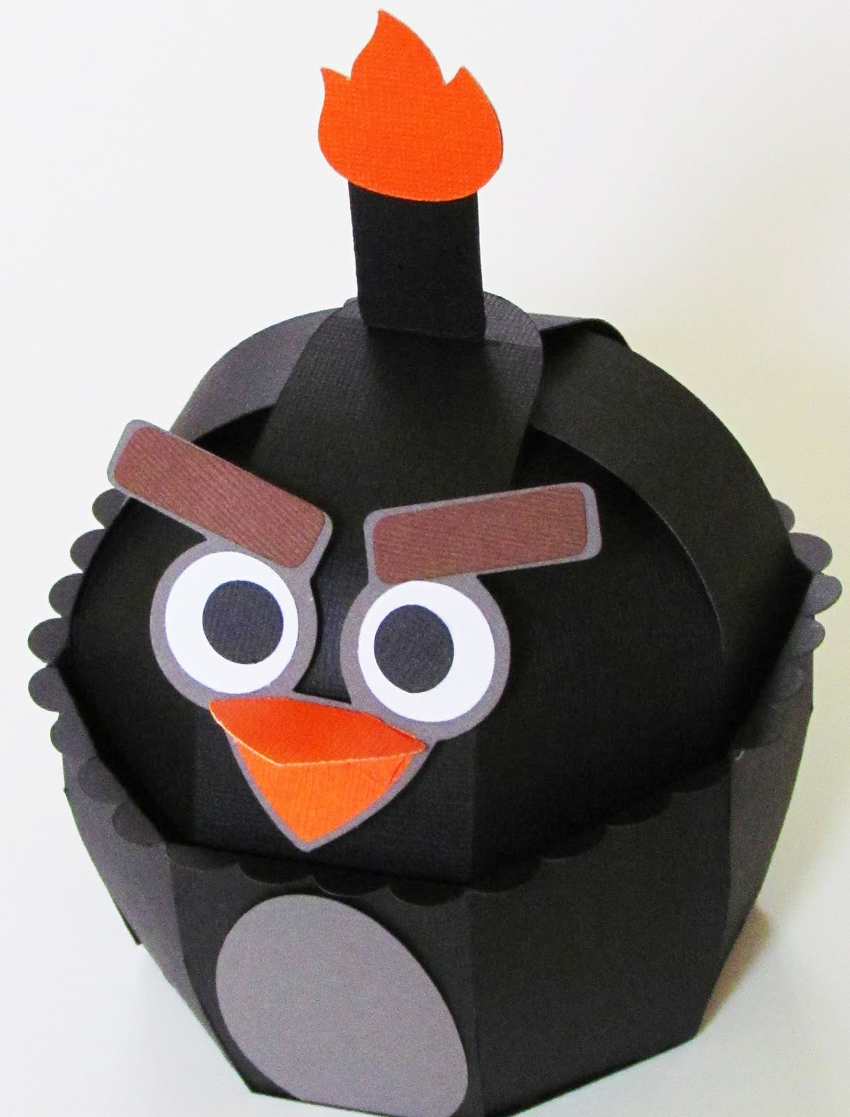sharon langford designs angry birds using sweet tooth boxes. Black Bedroom Furniture Sets. Home Design Ideas