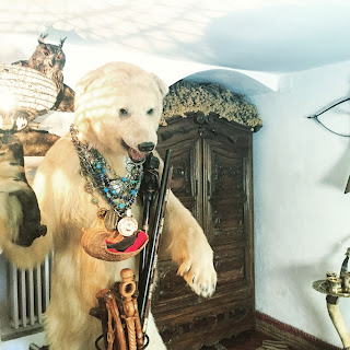 ours polaire cadaques dali casa