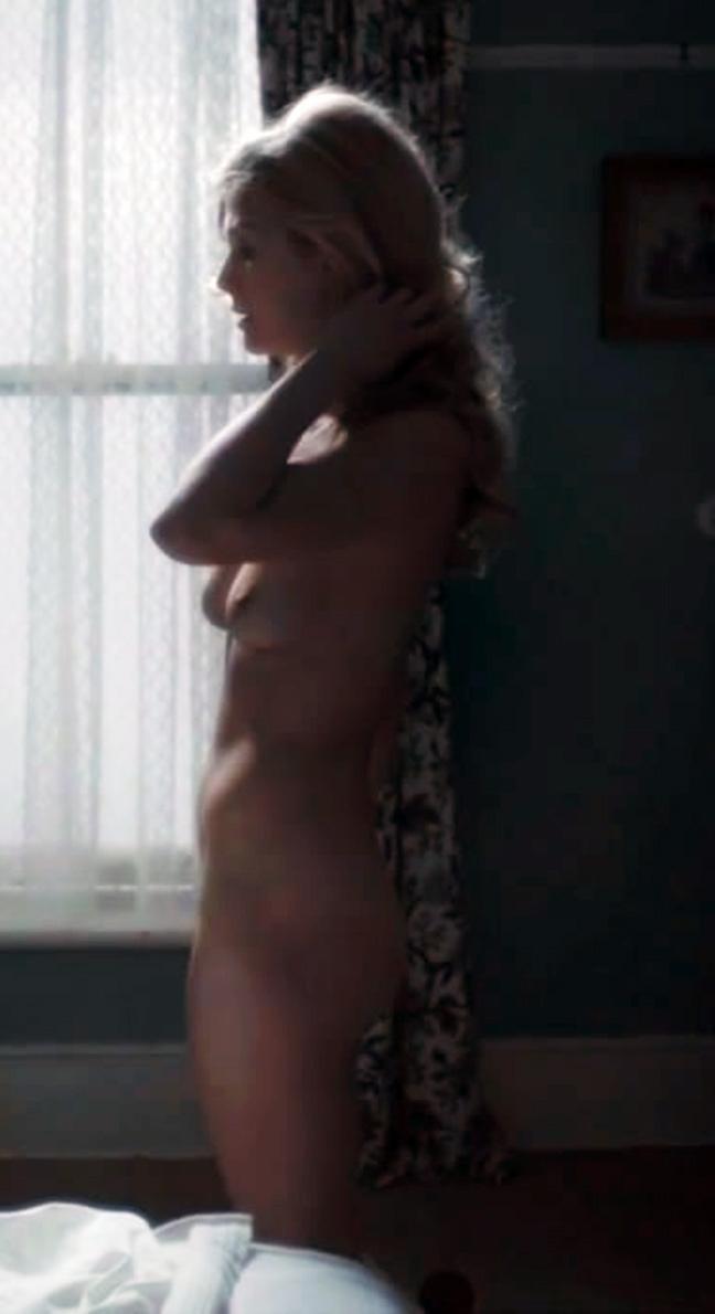 Rosamund Pike Naked Pics