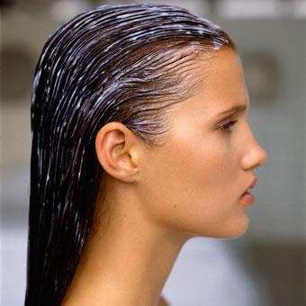 Healthy Hair Habits: Deep Conditioners