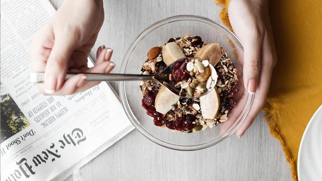 Hobby Makan Tapi Ingin Kurus ? Inilah 8 Makanan Ringan (Snack) Yang Bisa Melangsingkan Tubuh