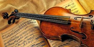 Resultado de imagem para velho tocando violino stradivárius