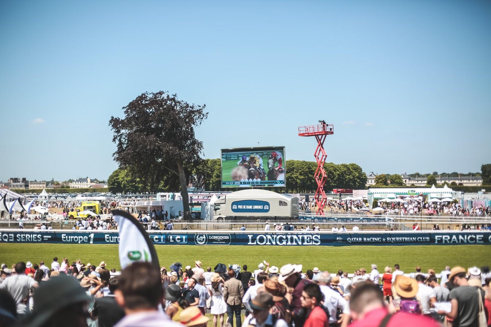 courses chevaux prix de diane