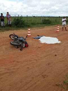 LAMENTÁVEL: HOMEM MORRE EM QUEDA DE MOTO NA ZONA RURAL DE IBIAPINA