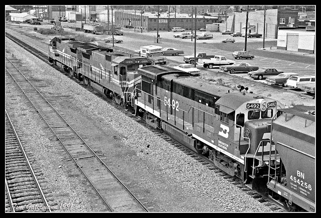 LMX 8598, LMX 8532 and BN 5492 are Westbound At McCook, NE.