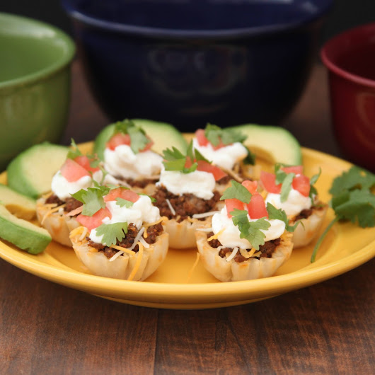 Taco Phyllo Bites With Creamy Chobani Yogurt #DeliciousBowl