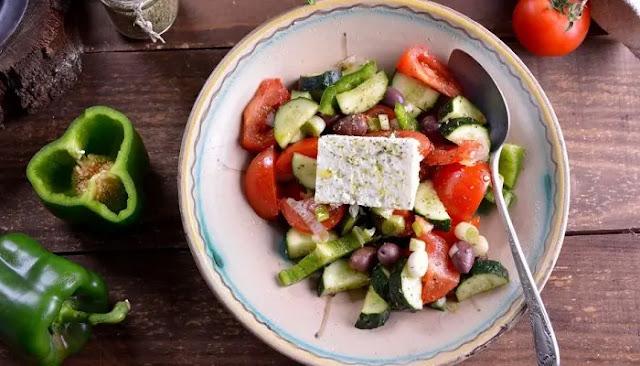 Ensalada Griega o Horiatiki Salata