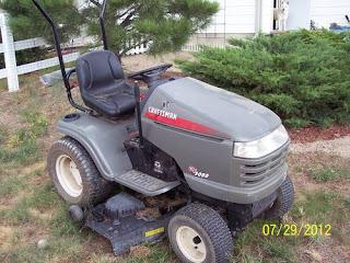 "Sears Craftsman Garden Tractor grey 22 HP Briggs Engine GT 2000 50"" deck"