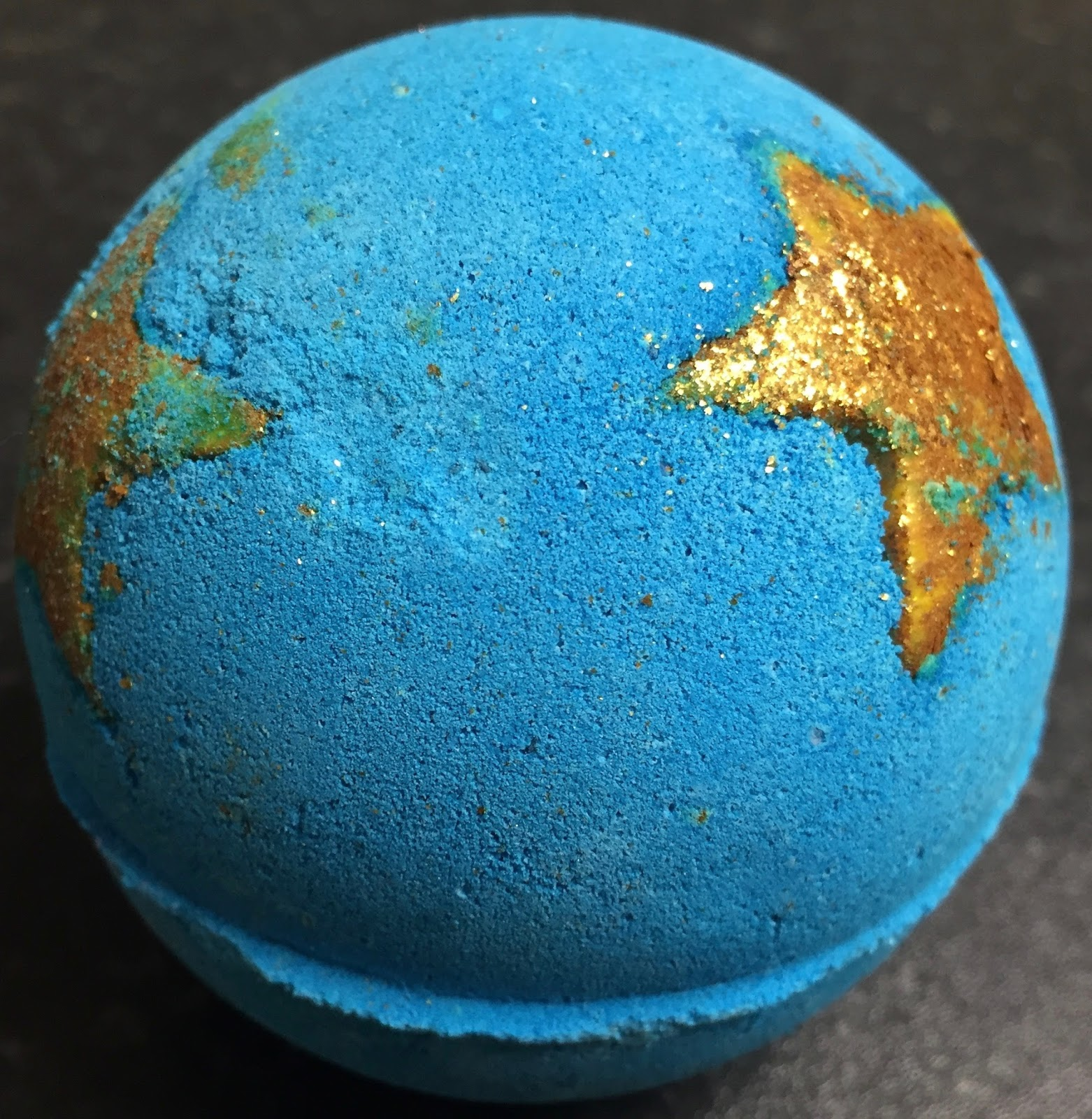 All Things Lush UK: Shoot For The Stars Bath Bomb (New Edition)