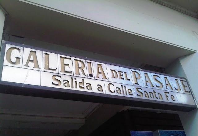 Pasaje PAM, Rosario, Argentina, Instalacion Paraguas, Pasaje Cubierto, Elisa N, Blog Viajes, Lifestyle, Travel, TravelBlogger, Blog Turismo, Viajes, Fotos, Blog LifeStyle, Elisa Argentina