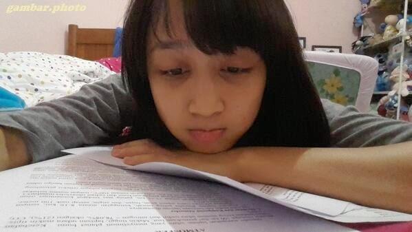 Ayana Shahab belajar