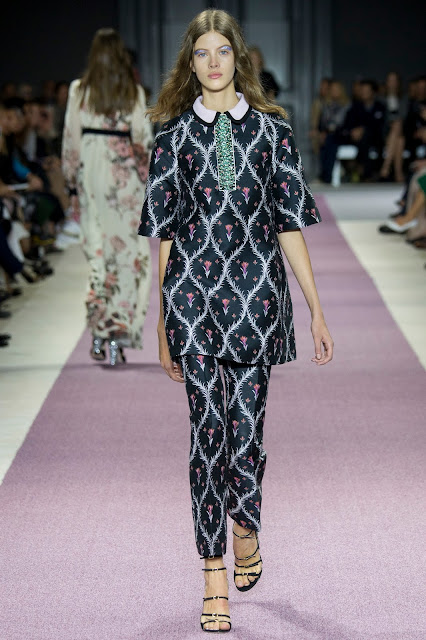 Giambattista Valli Spring 2016 Paris Fashion Week
