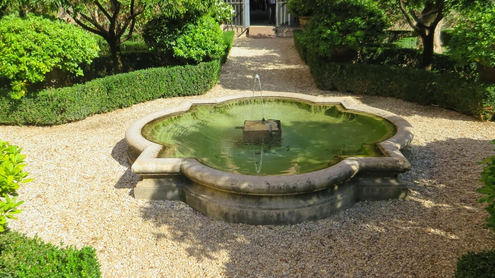 hortibus voyage point de vue palais et jardins prives de rome. Black Bedroom Furniture Sets. Home Design Ideas