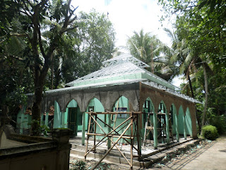Pemasangan Rangka Atap Baja Ringan Masjid di Kulonprogo