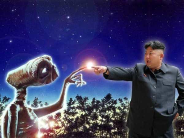 В небе над Северной Кореей засняли НЛО