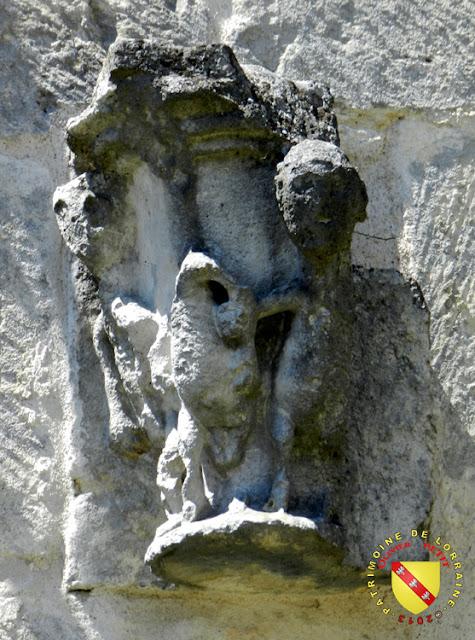 JAINVILLOTTE (88) - Eglise Saint-Michel -Chapiteau roman