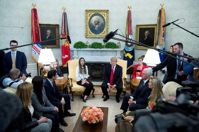 Trump le dice a Rusia que saque a sus militares de Venezuela