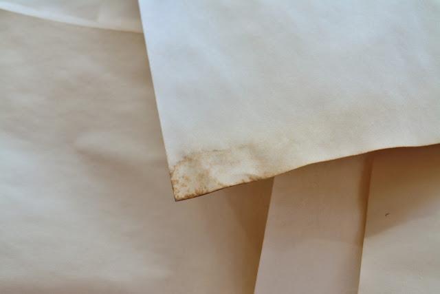 как красить бумагу