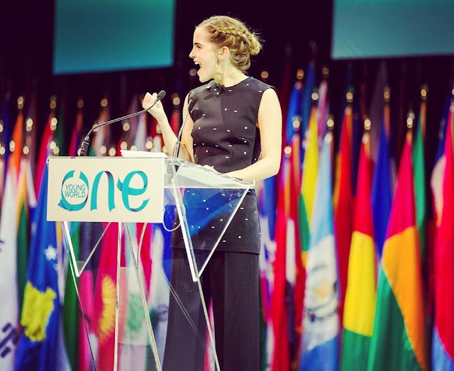 Emma-Watson-on-the-stage-for-OneYoung-World