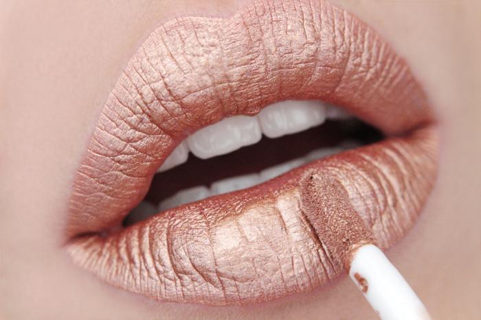 nabla matte liquid lipstick Anitmatter