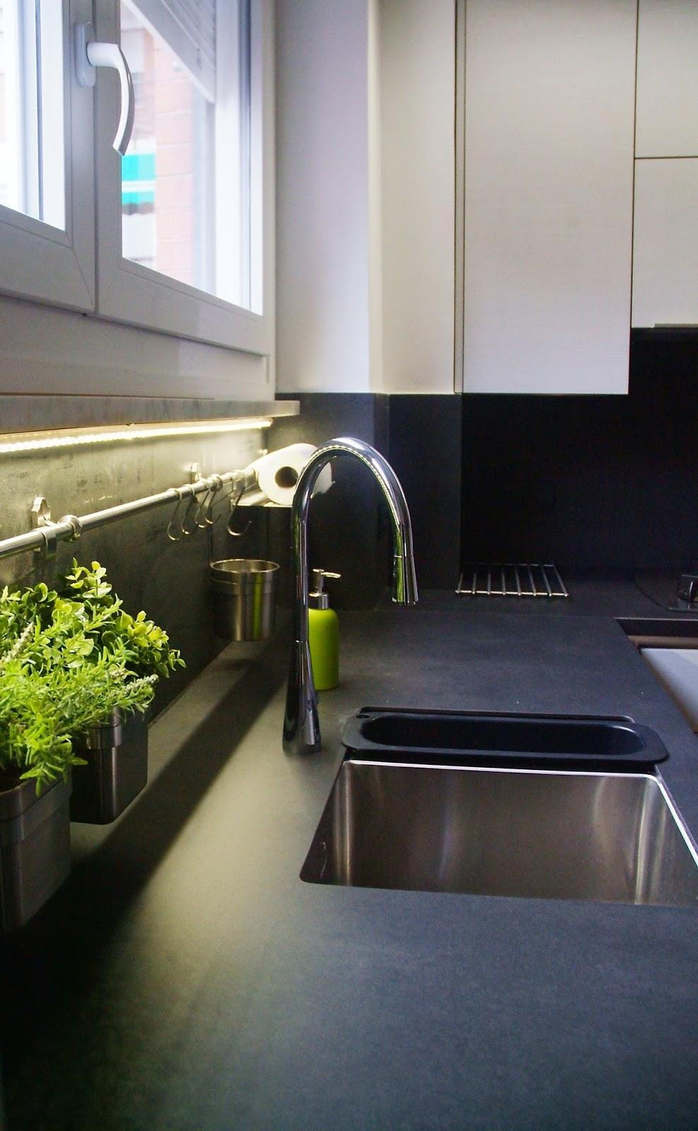 Illuminazione Led casa: Illuminazione sottopensile a Led. La luce ...