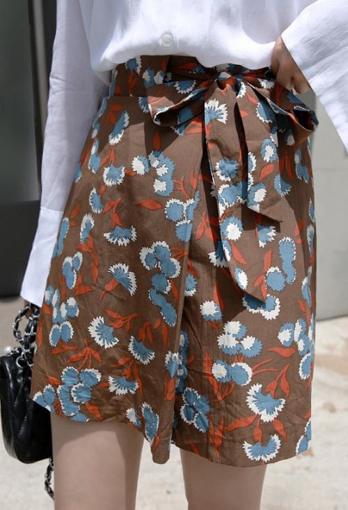 Self-Tie High-Waisted Floral Skirt