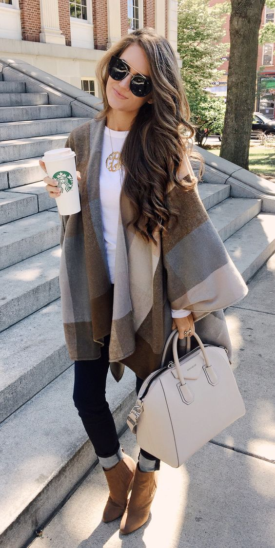 Puts a Stylish Spin on the Classic Fall Outfit