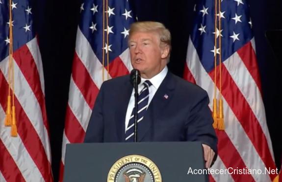 Donald Trump en el Desayuno Nacional de Oración