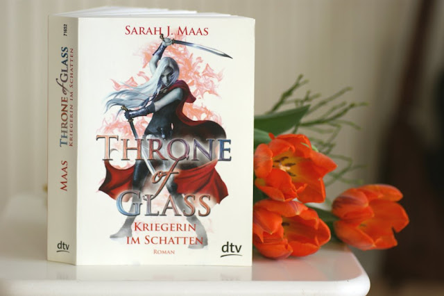 Throne of Glass 2 - Sarah J. Maas