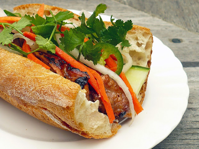 The 7 best sandwich in Hanoi are highly appreciated on TripAdvisor