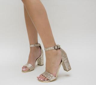 sandale elegante aurii cu gliter cu toc gros de ocazii